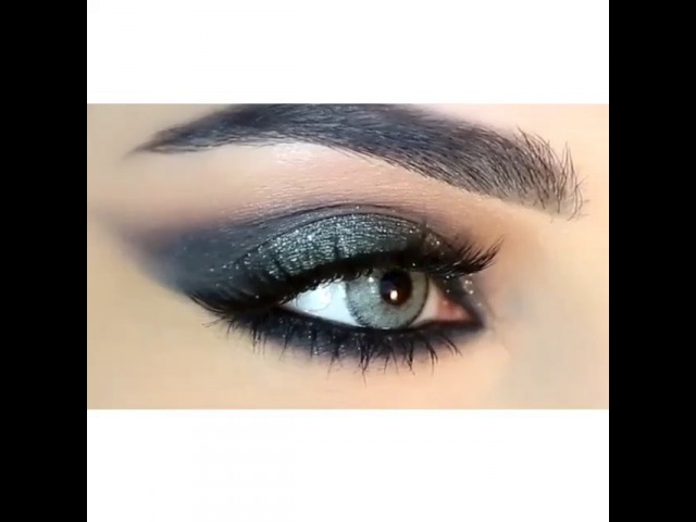"ميك اب on Instagram: ""Beauty eyeshadow brow wiz granite eyeshadows chanel illusion d'ombre mirifique kevyn aucoin shimmer in jade lashes. by @mryama.a ❤️ ,…"""
