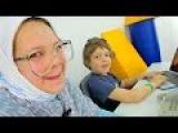 Лучшая подружка Настя и игробой Адриан. Продвинутая бабушка Майнкрафт ждет внука. Видео для детей.