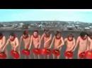 Смешные нудисты - Танец с веерами