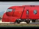 Поезд спасающий жизни людей. Редкие кадры с ночного жд вокзала Апольда.