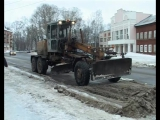 Предупреждая половодье: коммунальщики освобождают улицы города от снежных завалов