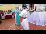 Калмыцкий танец от молодожен