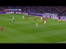 Pase de cuchara de Bale remate de Khedira y paradón de Rico