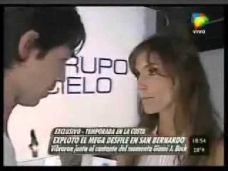 Facundo Arana y Maria Susini - Desfile San Bernardo Intrusos 27 01