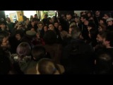 Tribute to David Bowie - Crowd singing Space Oddity at Memorial - 11012016