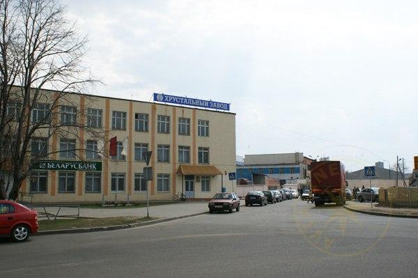 На Борисовском хрустальном заводе задерживают зарплату