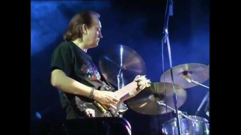 Анатолий Алёшин, Валерий Луничкин - гитара и группа Nostal.G - Странная ночь