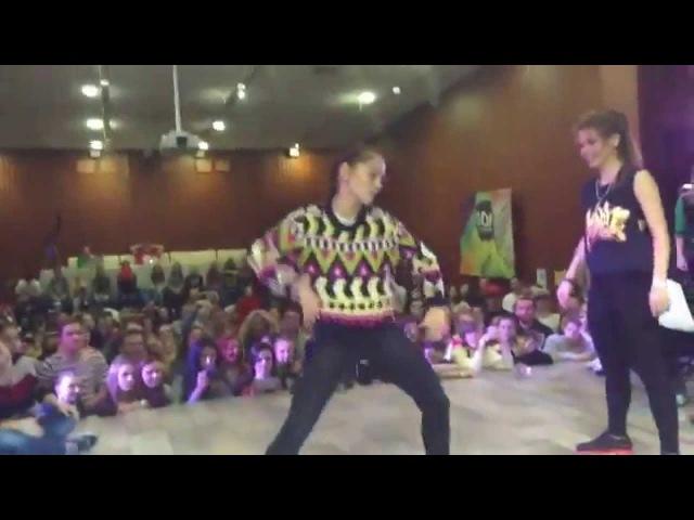 Kızlardan Sıradışı Break Dans Gösterisi! HipHop BreakDans