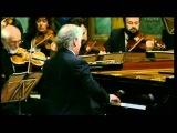 Mozart, Piano Concerto Nr 13 C KV 415 Daniel Barenboim Piano &amp Conducting Vienna philharmonic