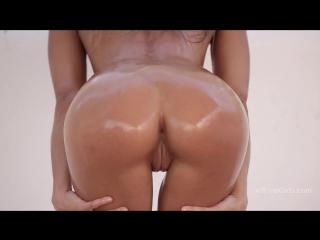 Melena maria - impressive girl (aka maria ryabushkina, masha e, tara, talia, maria rya) [solo, erotic, posing, hd 1080p]