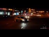 Видео Водитель золотого BMW проехал боком мимо ДПС в Москве
