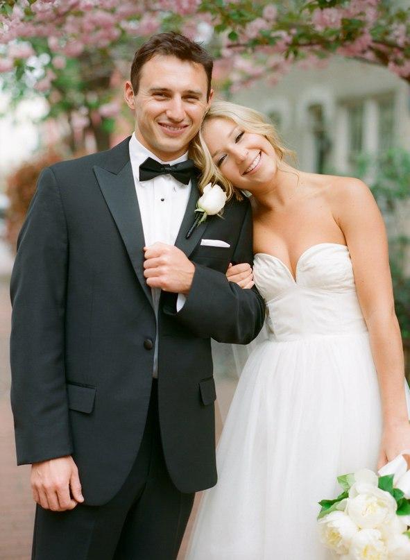 Ведущий на свадьбу о том, как непросто сделать предложение девушке