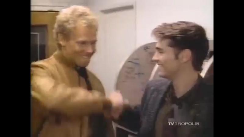 Беверли-Хиллз 90210 (первая заставка сериала).360
