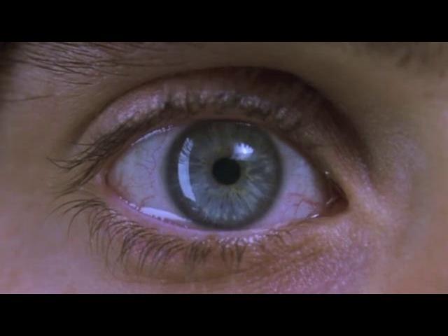 Requiem for a Dream Close Ups and Sounds