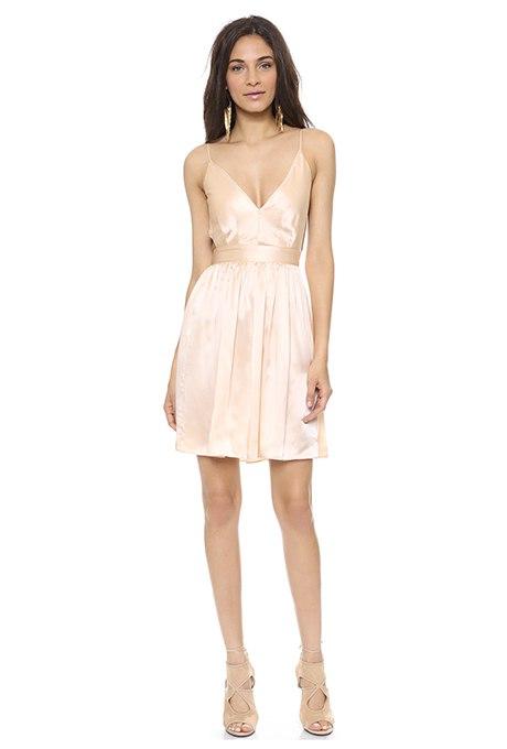 ipx1Bz57g4w - Золотое свадебные платья для подружек невесты: металлический блеск гламура (30 фото)