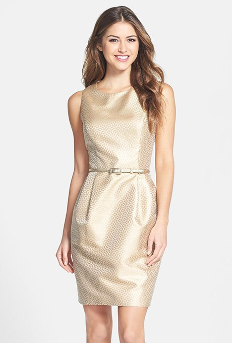 DdTyGwO RX4 - Золотое свадебные платья для подружек невесты: металлический блеск гламура (30 фото)