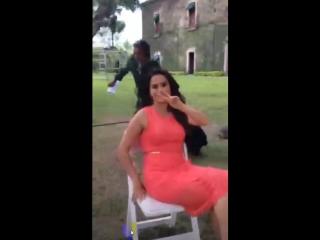 Danna Garcia y Ivan Sanchez en rodaje de Lo Imperdonable