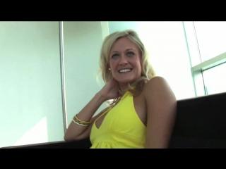Негр жестко выебал зрелую домохозяйку и помог ей изменить мужу Скрытая камера частное домашка красивый секс домашнее порно частн