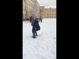 Кинул девушку в сугроб - [Веселые Кавказцы]