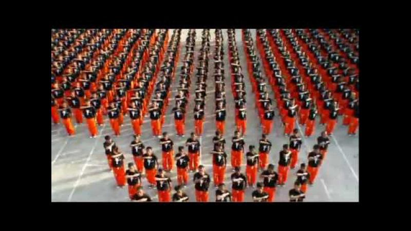 Michael Jackson - They Don't Care About Us (филиппинские заключенные)