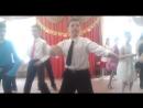 Танец на выпускном. 4 класс.