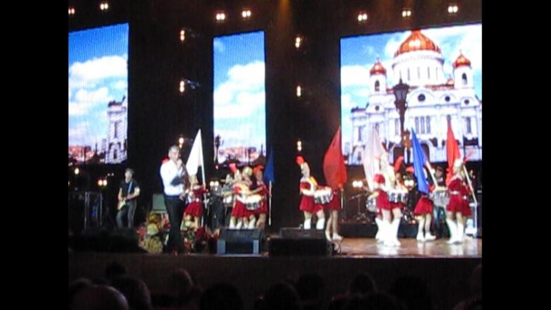 Барабанное дефиле на концерте Олега Газманова Крокус Сити Холл