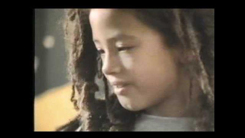 Bob Marley - One Love (Clip Officiel)