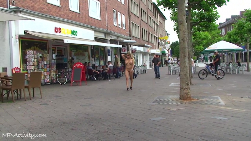 Monic Nude in Public 1