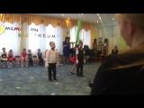 Танец-прикол с Кругловой Ксюшей на 8 марта, д/с 35 старшая группа Теремок