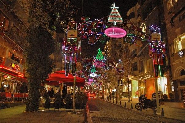 wymckFKVkuU Новый год в Стамбуле