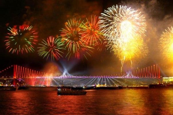 L6El6tW67TU Новый год в Стамбуле