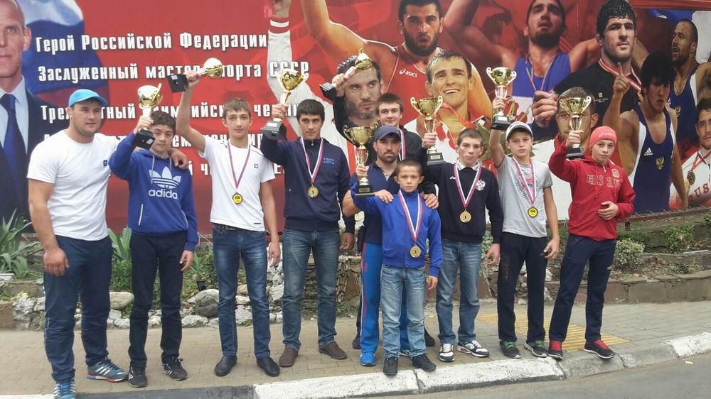Борцы из станицы Сторожевой победители Всероссийского турнира по вольной борьбе в Сочи