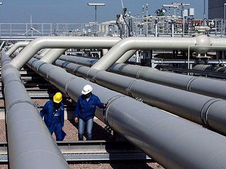 В Крым через Керченский пролив тянут газ