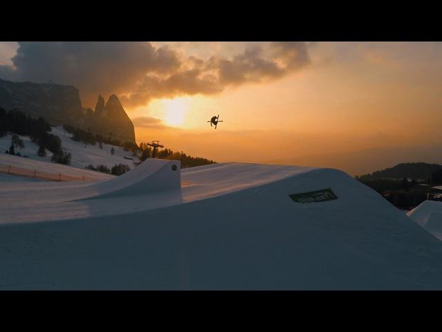 Sunset Freeski Session - The Golden Hour (Snowpark Seiser Alm)
