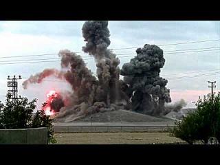 Удар по бункеру ИГИЛ в Сирии. Боевики врассыпную.