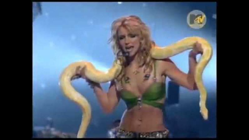 Britney Spears - 2001 MTV Video Music Awards