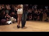 Нежный танец Кизомба с повязкой на глазах - Kizomba Georges Laura yeux bandés