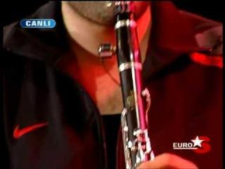 Vassilis Saleas & Hüsnü Şenlendirici ~ Müzik Ziyafeti [1/2]