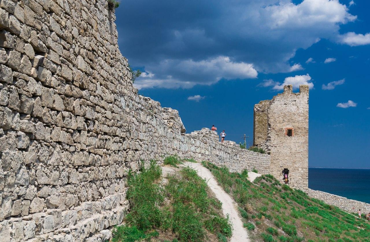 все фото города феодосия крым оснащен одним