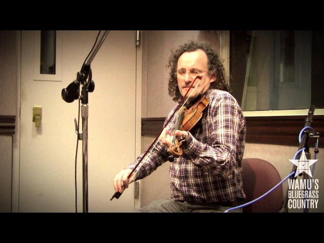 Martin Hayes Dennis Cahill - O'Carolan's Farewell To Music [Live at WAMU's Bluegrass Country]