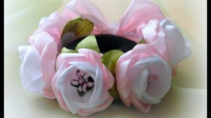 Резинка на гульку из цветов канзаши Eraser on a bunch of flowers of Kanzashe