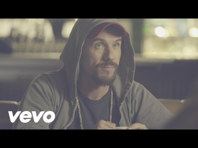Macaco - Coincidir (Official Music Video)