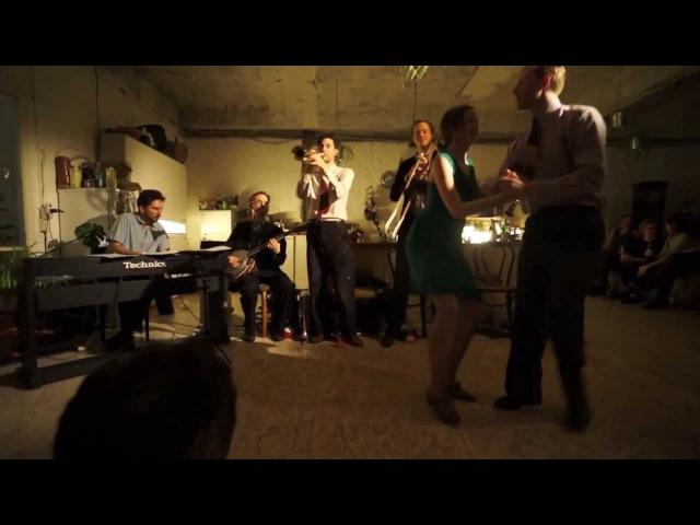 St. Louis Shag Social Demo with Christian and Jenny and the Dukish Vagabonds live @ U64, Berlin