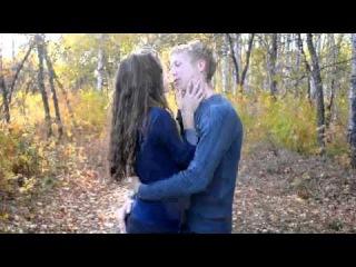 поцелуй подростков видео 3 , страстно