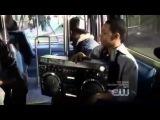 Eu nao seria o unico negro no onibus...(todo mundo odeia o chris) - YouTube.