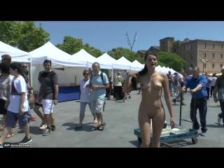 Jessy B Nude in Public 3