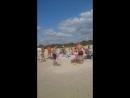 В день прекрасный на лучшем не только а Балтии, но и в Европе, Лиепайском пляже
