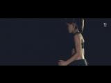 Девочка научилась танцевать благодаря роликам в интернете.720