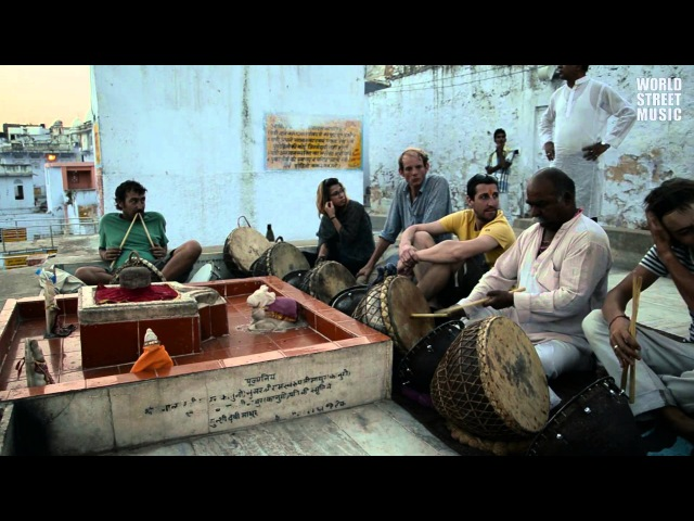 Amazing Indian Drums Master drummer is giving free lesson (Rajasthan, India)