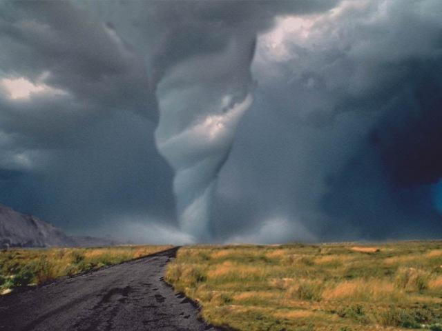 Секунды до катастрофы: Нашествие Торнадо (Документальные фильмы National Geographic HD)